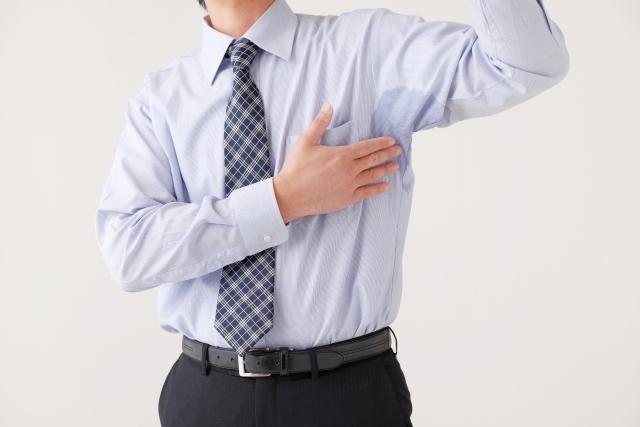 男性の脇汗と汗シミ